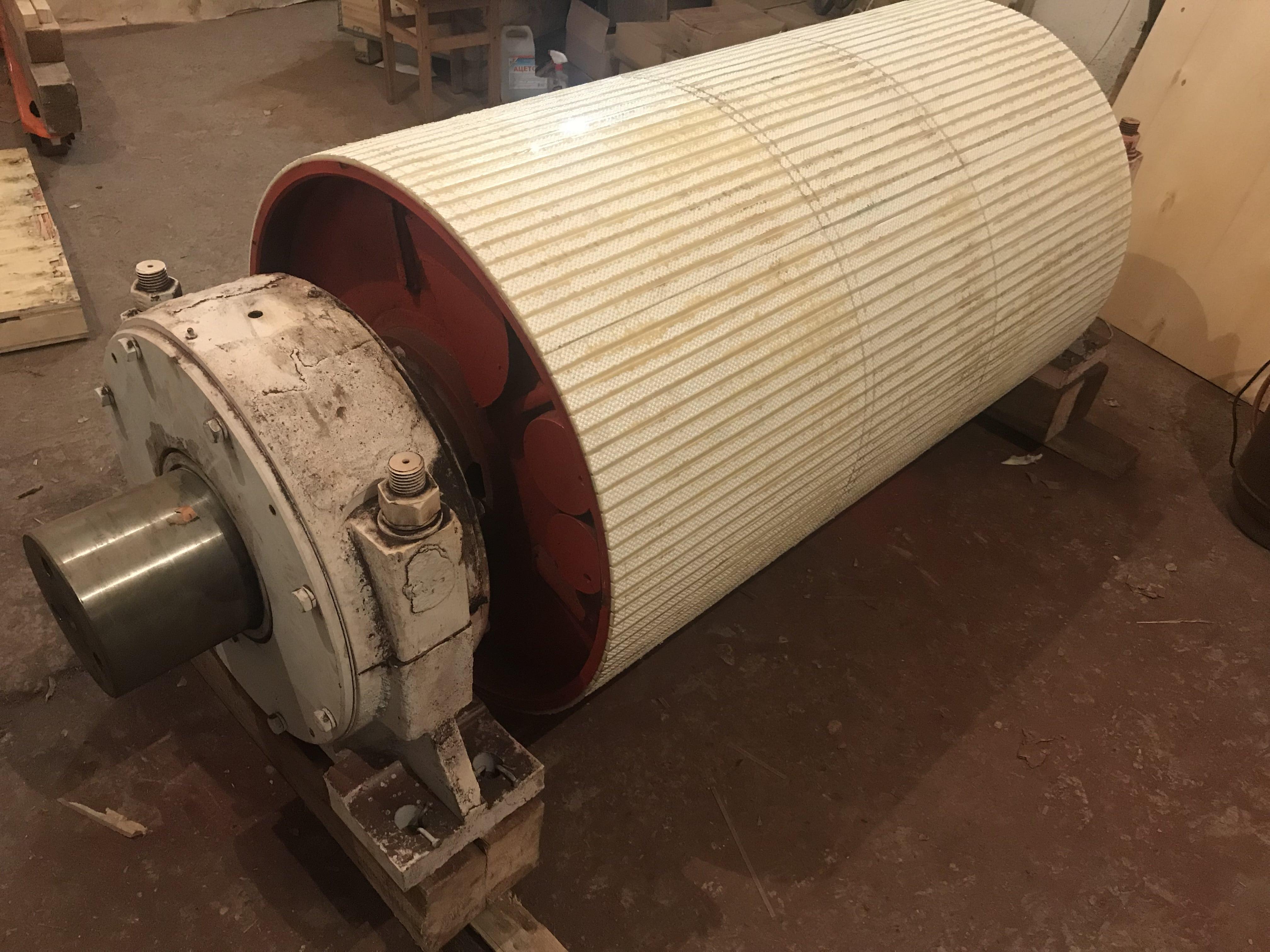 приводной барабан ленточного конвейера